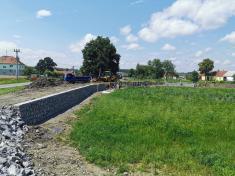 Oprava hráze rybníku Obecňák